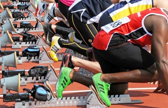 Teknik untuk Lari Jarak Pendek Berdasarkan Cara Start yang Perlu Diketahui