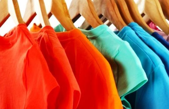 Cara Terbaik Menghilangkan Bau Membandel pada Pakaian yang Bisa Anda Coba